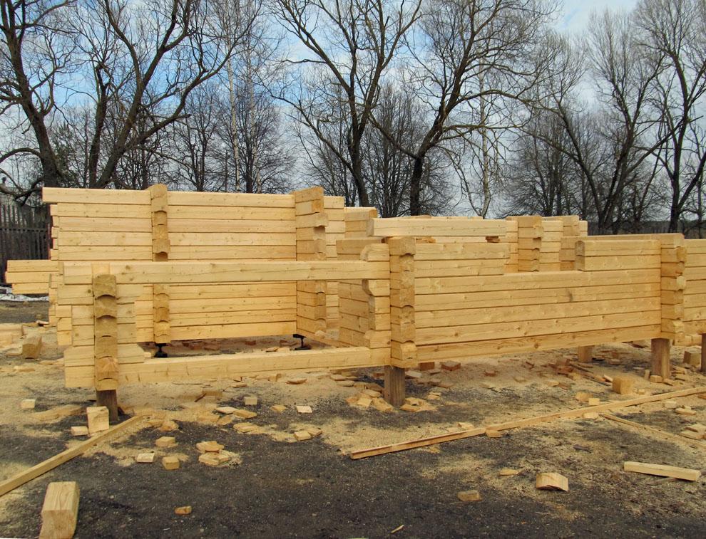 Der Bau der Sauna macht Fortschritte